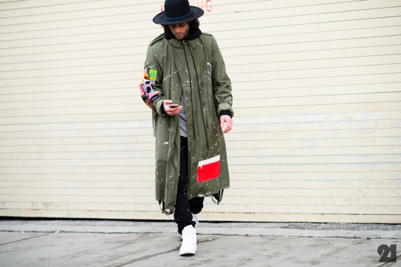 8381-Le-21eme-Adam-Katz-Sinding-Before-Kanye-West-Mercedes-Benz-New-York-Fashion-Week-Fall-Winter-2015-2016_AKS6493